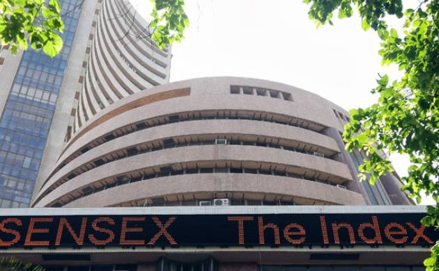 Sensex falls 72 points in early trade
