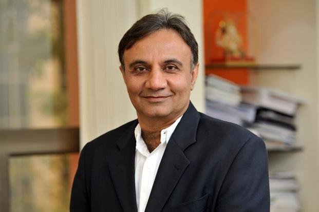 RBI approves Sandeep Bakshi