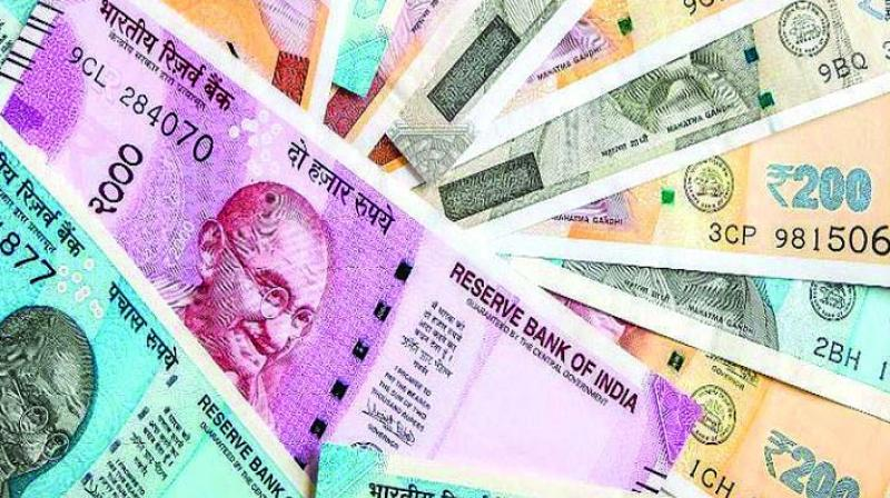 Rupee slips 7 paise against US dollar
