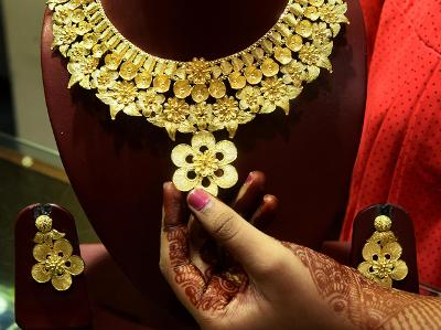 export-of-jewellery-with-gold-content-beyond-22-carats-banned