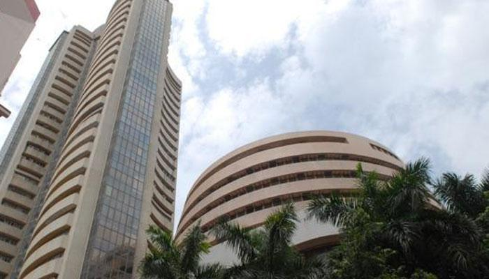 Sensex dlimbs 122 points in early trade