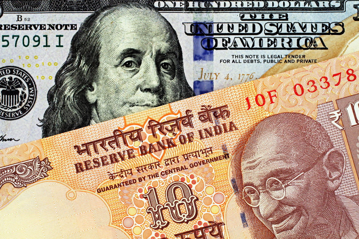 Rupee rises 14 paise to 74.52 against US dollar in early trade