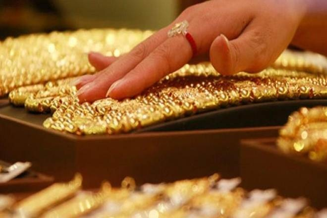 Gold prices in India fell again after slumping ₹600 per 10 gram