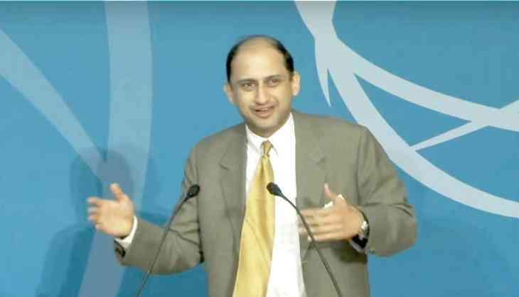 RBI Deputy Governor Viral Acharya resigns