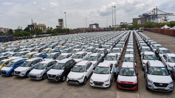 Bad news for Auto sector: Passenger vehicle sales decline by 24%, commercial by 62%