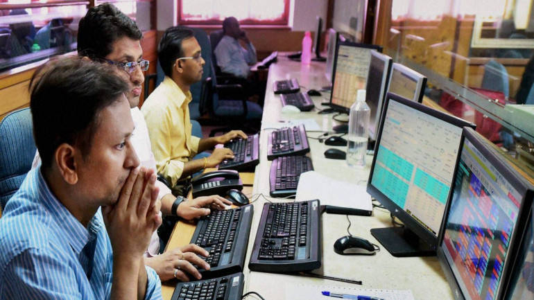 Sensex ends 227 points lower, Nifty dips below 10,250 on inflation fears