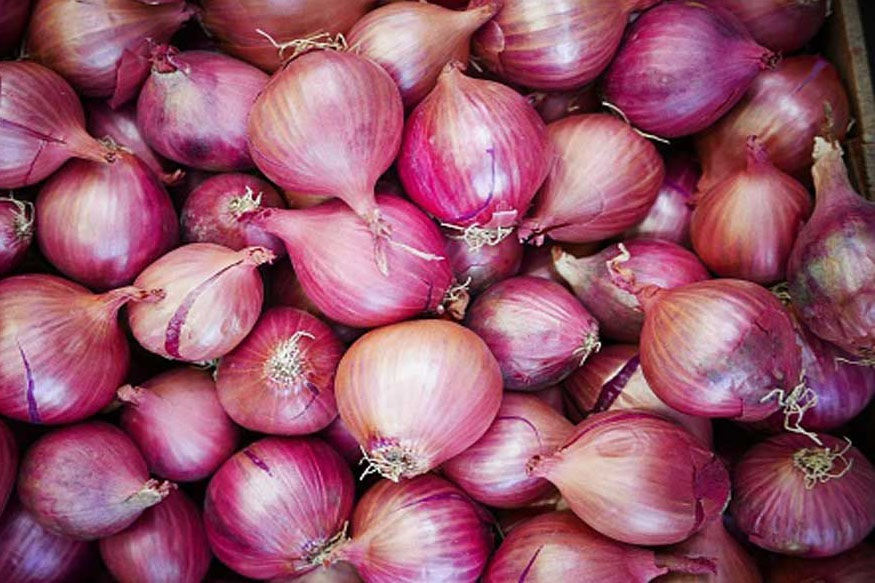 Hike in onion prices temporary: Govt