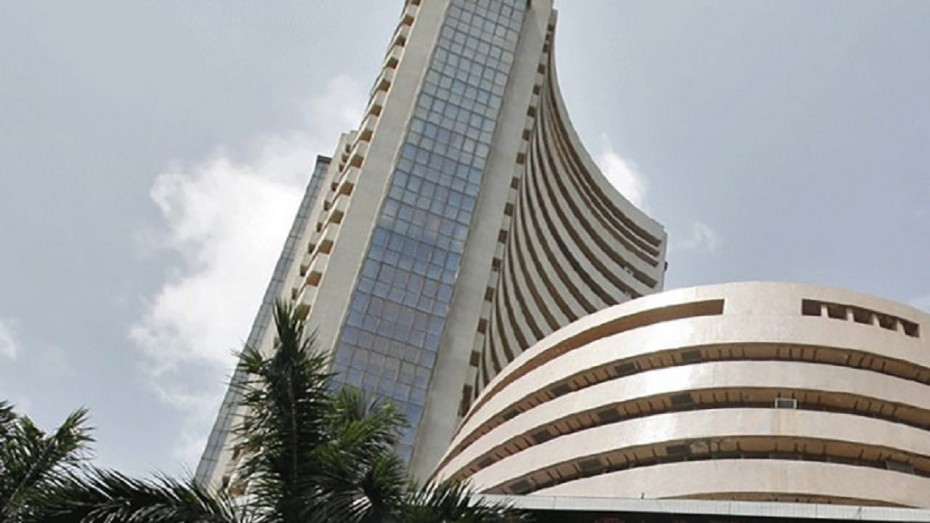 Sensex tanks nearly 400 points in opening session