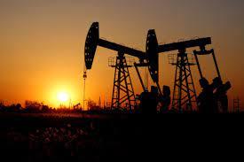 Global crude oil prices climb nearly 1 dollar