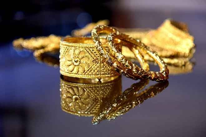 Gold prices down by Rs.187 to Rs.52,846 per 10 gram in Delhi