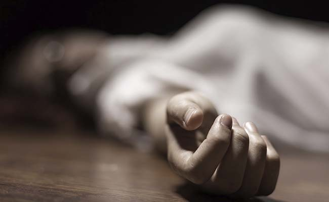 Girl axed to death by father for eloping with younger boy: Police