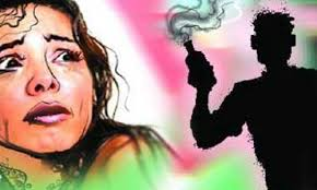 Two men throw acid on women in Delhi