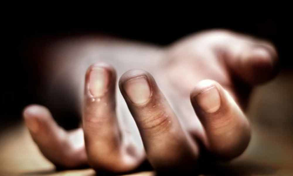 Girl found dead on the terrace of building in Hyderabad