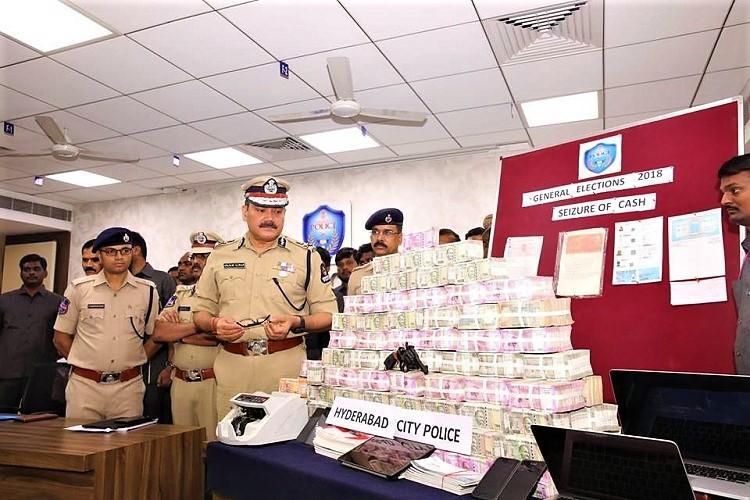 Police bust hawala racket in Hyderabad