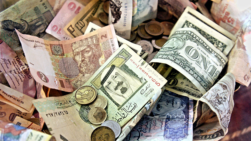 Foreign currency worth Rs.2.9 cr seized in Hyderabad
