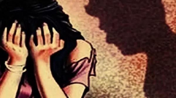Rape of minor girl in Maharashtra