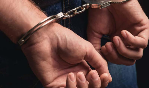 Two drug peddlers held in J-K
