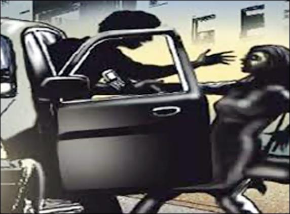 Woman gang-raped in car on highway