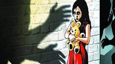 Driver attempts to sexually assault minor girl