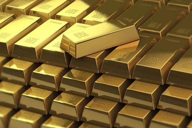 2 kgs gold seized at airport in Hyderabad