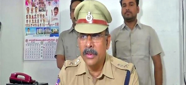 Hyderabad: 2 Alleged Con Men Arrested For Cheating 2,000 People