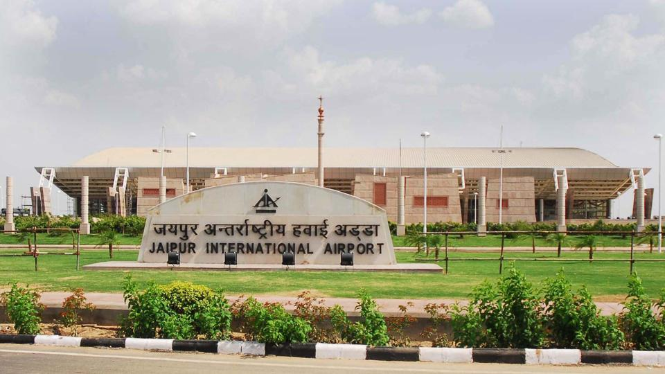 Foreigner held with satellite phone at Jaipur airport