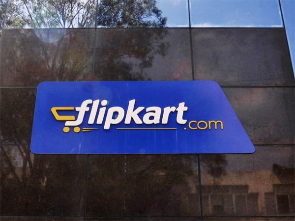 Four gangsters arrested for duping Flipkart