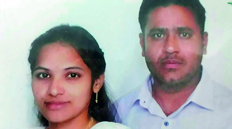 Man kills pregnant wife, then ends his life in Hyderabad