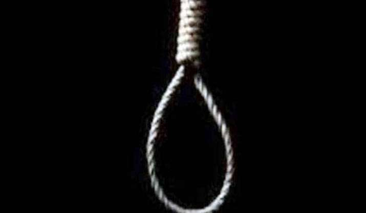 Man found hanging from tree in South 24 Parganas district, WB