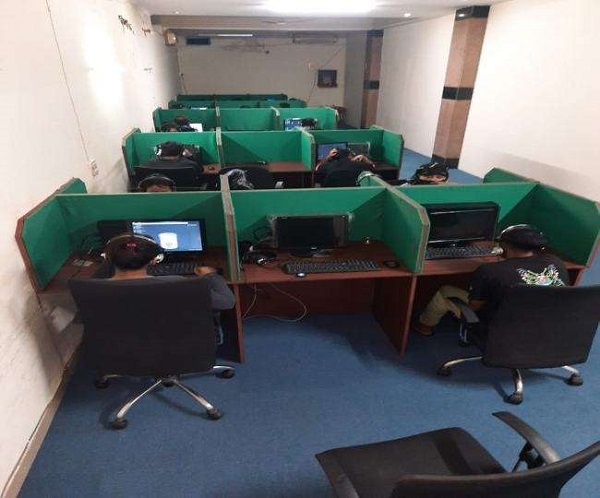 Fake call centre busted, 12 held for duping people by posing as Amazon tech support staff