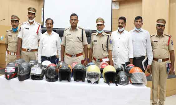 Fake helmet manufacturing racket busted by Cyberabad Police