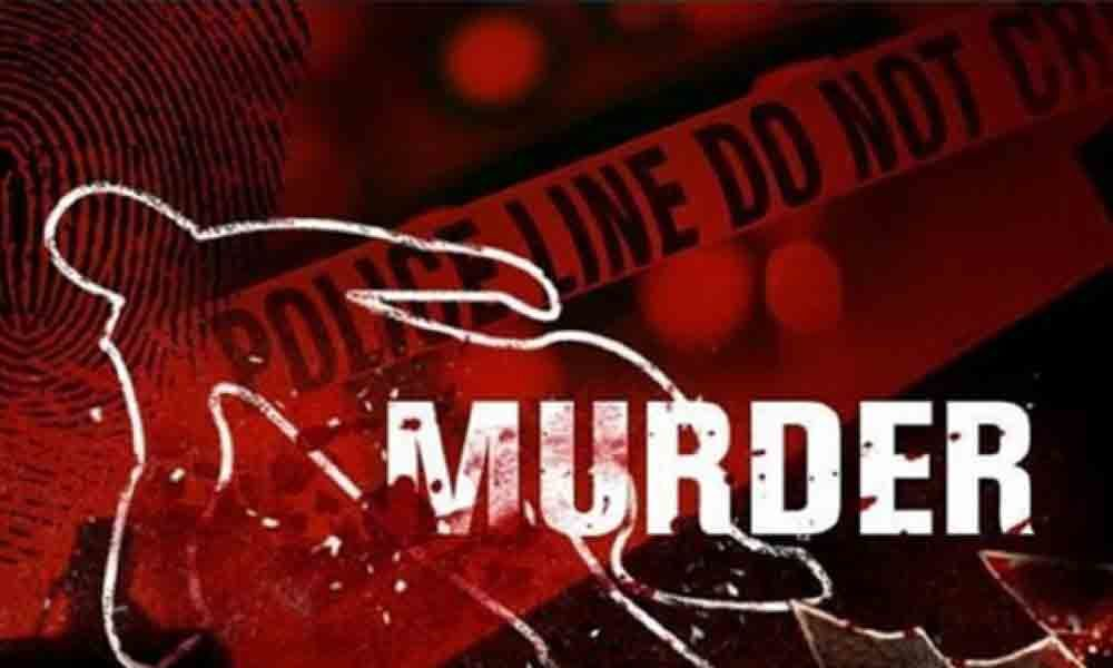Man kills pregnant wife in Hyderabad