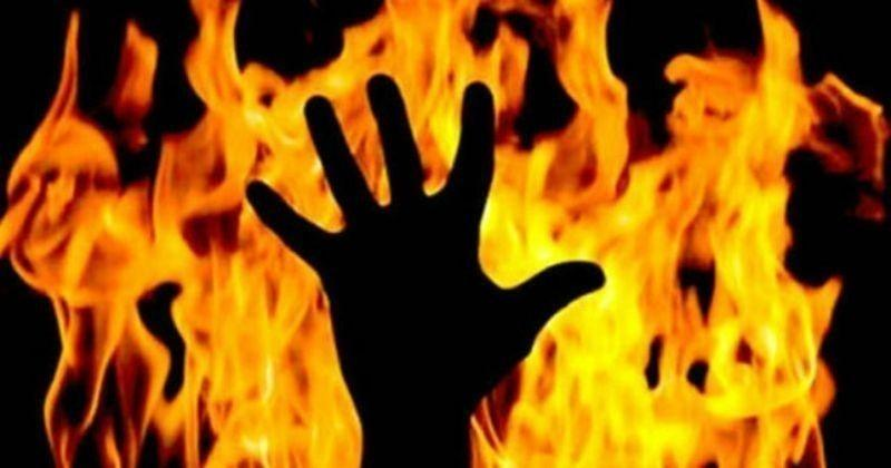 Man sets woman on fire in UP