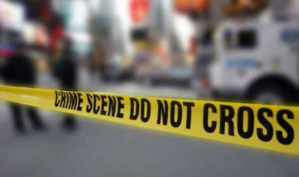 man-beheaded-his-17-year-old-daughter-and-reached-police-station-in-hardoi-up