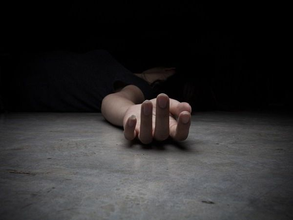 21-year-old woman commits suicide in Hyderabad