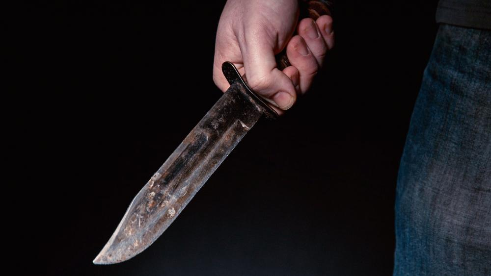 UP man chops off wife