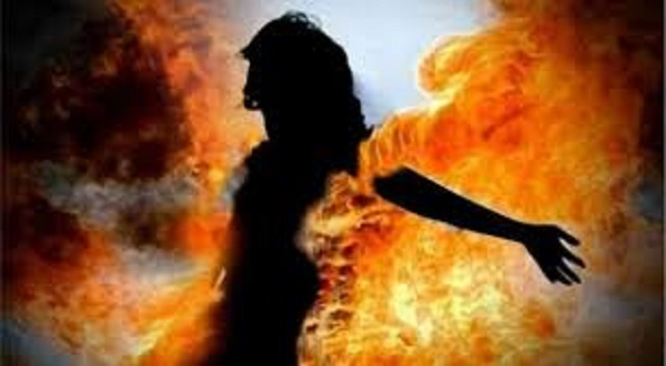 Madhya Pradesh: 19-yr-old woman burnt alive by father for choosing to marry outside caste