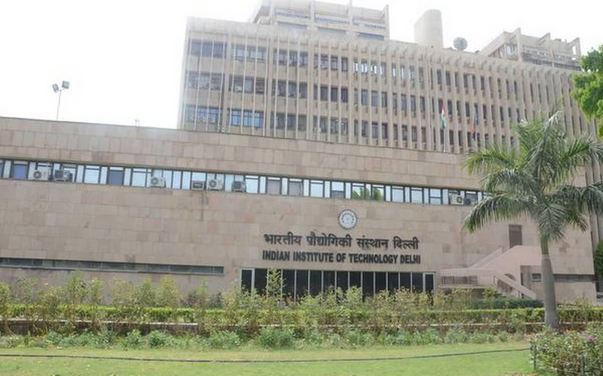 iit-delhi-extends-application-deadline-for-pg-phd-programms