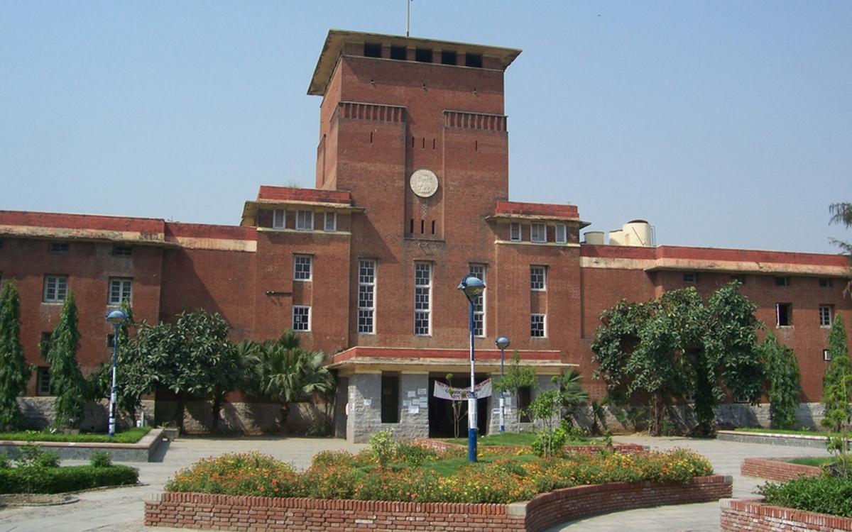 over-52000-students-take-admission-in-delhi-university