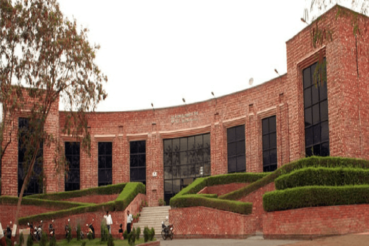 JNU to allow students of M.Phil final year on campus from March 8