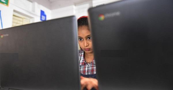 digitalindia?odishastudentstraveltoschooltoattendyoutubeclasses