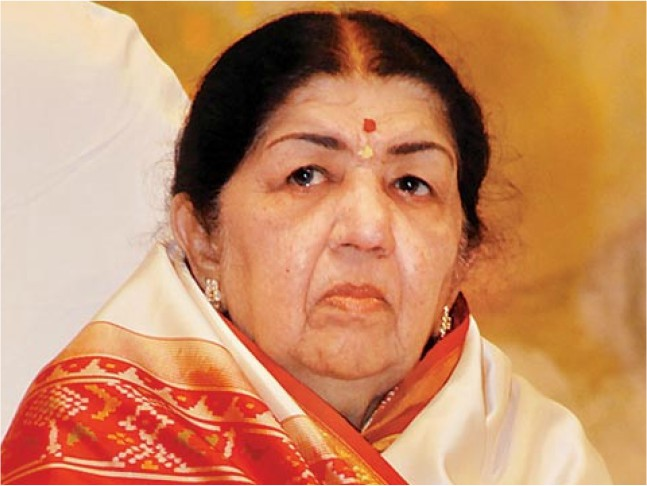 Legendary singer Lata Mangeshkar discharged from hospital