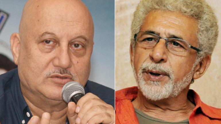 Naseer my senior, love and respect him: Anupam Kher