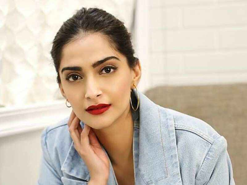 Sonam Kapoor Ahuja denies to rumours about her being pregnant