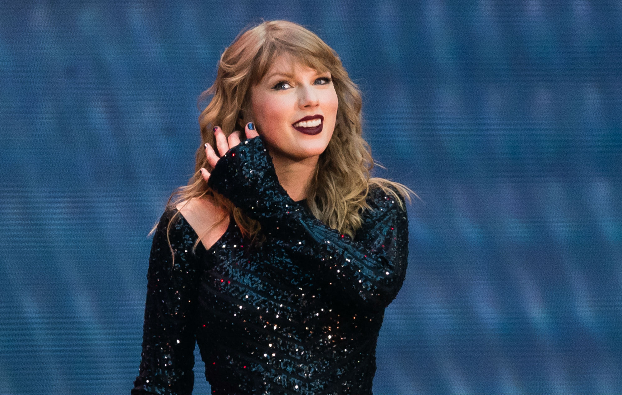 Taylor Swift makes Billboard 200 history with most weeks at No.1