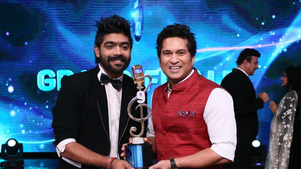 Indian Idol 9 winner LV Revanth wins Rs 25 lakh, a car, a Bollywood career:
