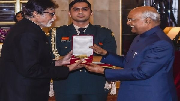 Amitabh Bachchan honoured with Dadasaheb Phalke Award
