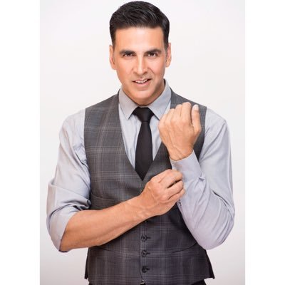 Defamation case: Akshay exempted from appearance before Delhi HC