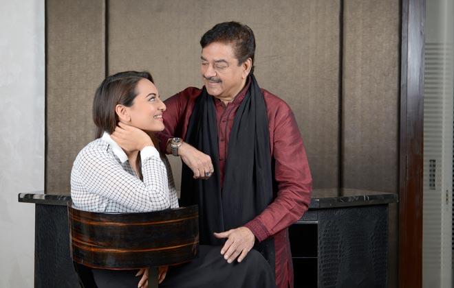"Shatrughan Sinha was offered ""Ittefaq"": Sonakshi Sinha"