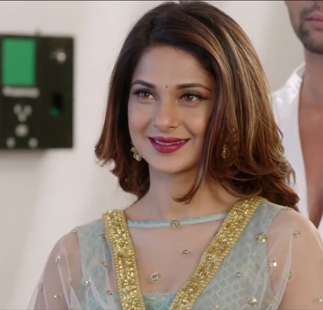 im-super-thrilled-and-ecstatic-to-be-a-part-of-bepannaah-jennifer-winget